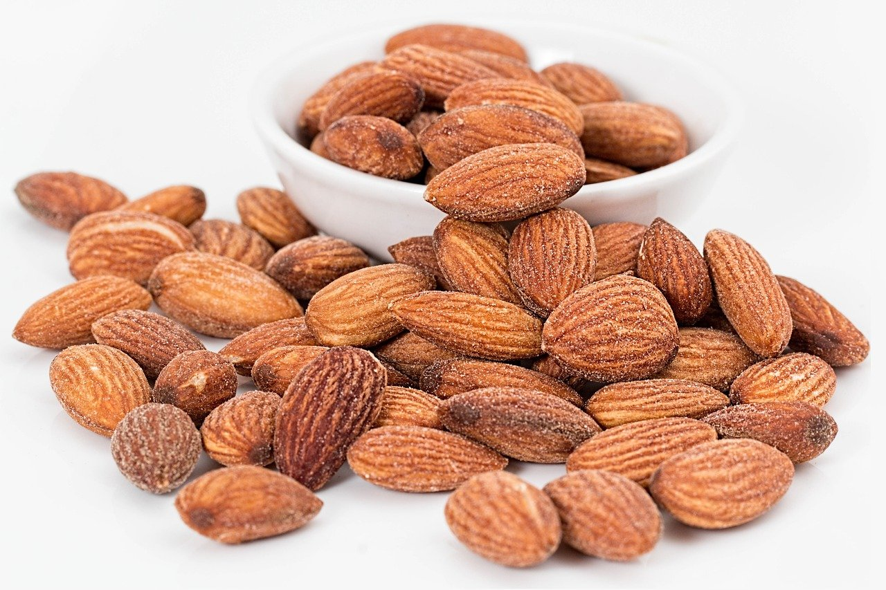 almonds, nuts, roasted